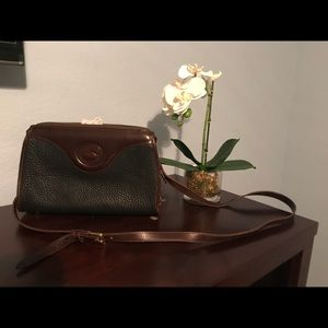 Dooney & Bourke classic crossbody